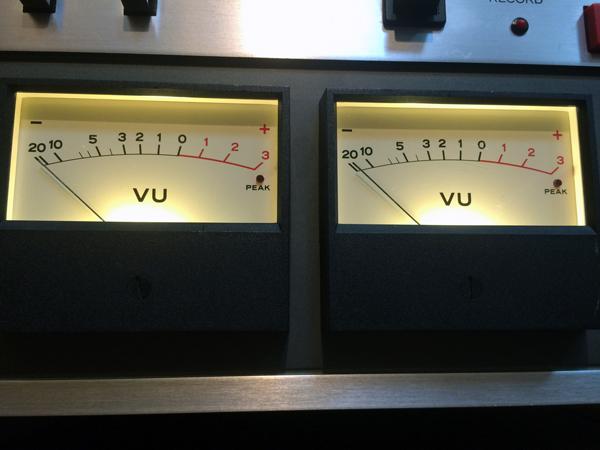 TEAC A-6100 markⅡ VUメーターランプのLED化(その2)